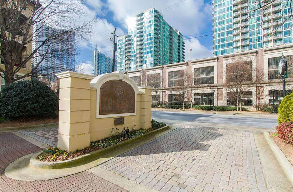 Tuscany Is Located On Juniper Street Between 8th And 10th Streets In Midtown This 4 Story Midrise Building Has 230 Residential Condos Many Of Which Have